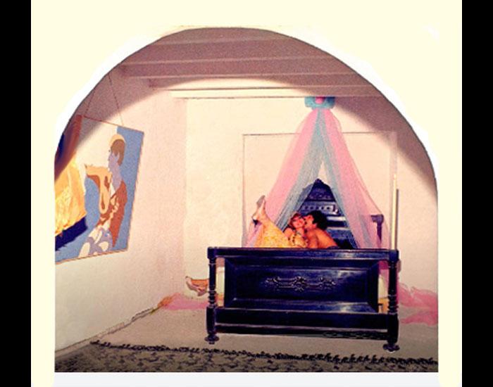 La Galeria Bed